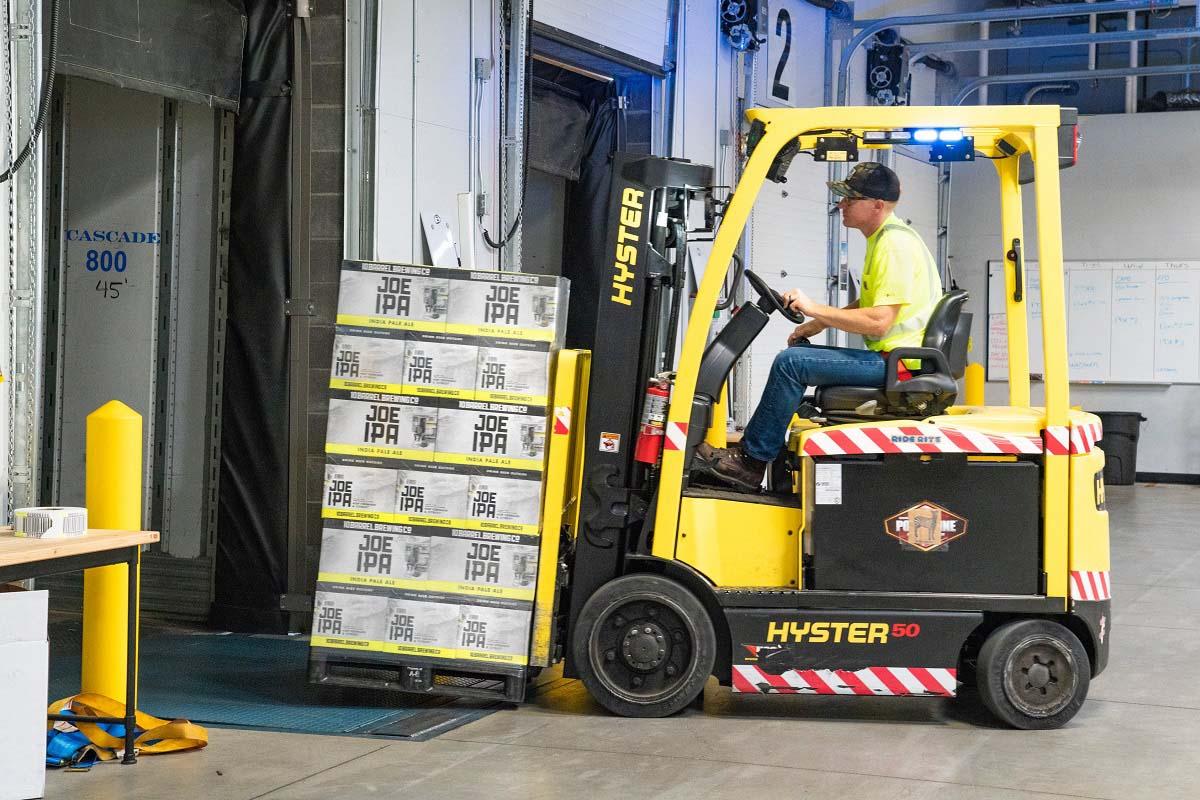 Praca w transporcie i logistyce oraz gospodarce magazynowej